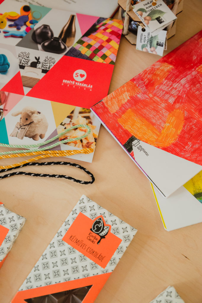 Segítő vásárlás design termékek